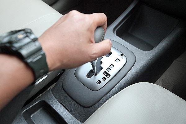 Tips Membeli Mobil Bekas Dengan Transmisi Automatic